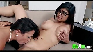 teen,amateur,indian,exotic,18,arab,muslim,big-tits,18yearsold,perfect-tits,mia-khalifa