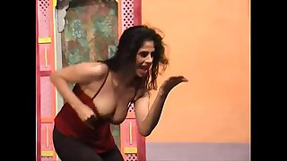 sexy,babe,naked,boob,nude,show,baby,sister,dance,pakistani,mujra,lahore,pakistan,lahori